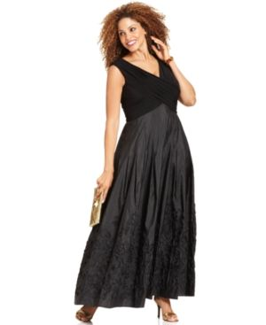Patra Plus Size Dress - Sleeveless V-Neck Evening Gown.jpg