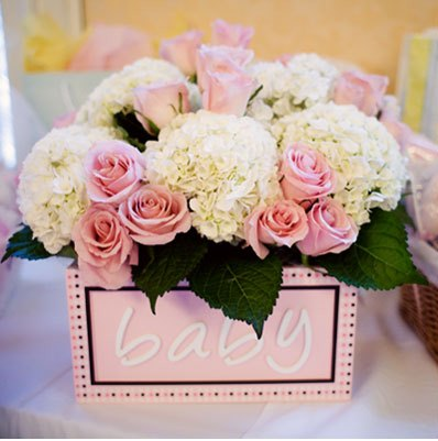 A luscious childhood baby shower ideas for Baby shower flower decoration