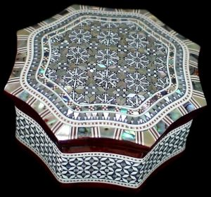 Green blue grey mauve - mother of pearl inspiration - Box_Curved_Octagonal_Tarbee.jpg
