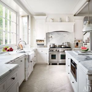 Louise and Vince Camuto Hamptons house kitchen