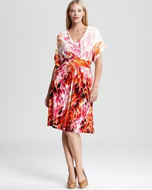 Floral creations - Melissa Masse Plus Short Sleeve Pleated V Neck Dress.jpg