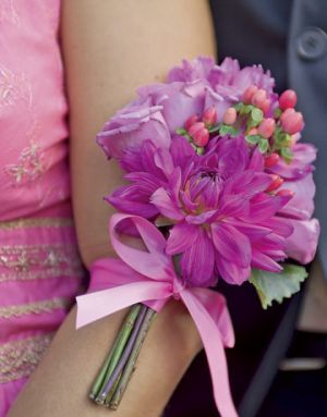 Floral photography - Countryliving.com - Bridesmaids bouquets of dahlias and roses.jpg