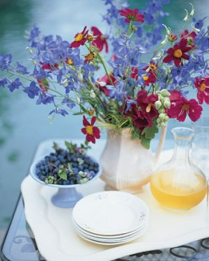 Pictures of floral - Martha Stewart - 60 Outdoor Party Ideas - Pretty Pitcher Arrangement.jpg
