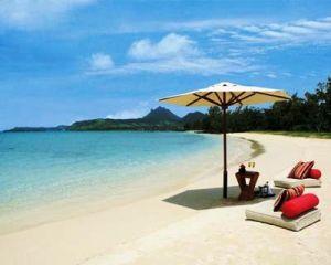 Ile-aux-cerfs-beach-picnic-anahita-mauritius-with-ourspace-children-s-club-east-coast-mauritius.jpg