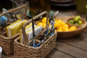 Picnic basket ideas - picnic carrier for cutlery and linen.jpg