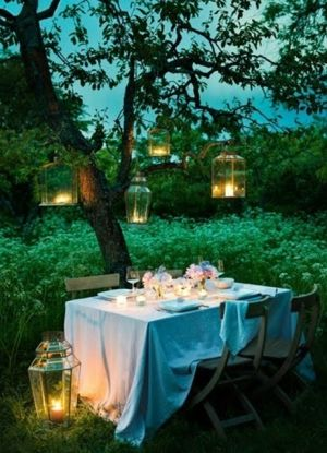 Picnic candles - dining outside.jpg