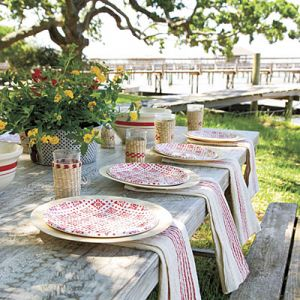 Picnic dishes - outdoor-table-setting.jpg