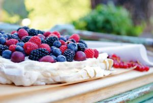 Picnic ideas recipes - Pavlova with Fresh Berries.jpg