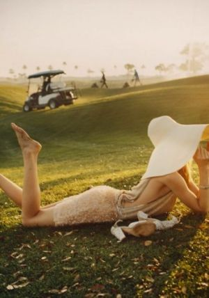 Picnic spot - Dree Hemingway by Tom Craig for Vogue3.jpg
