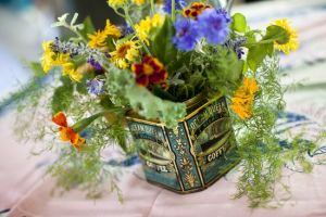 Picnic wedding - diy-wedding-flowers.jpg