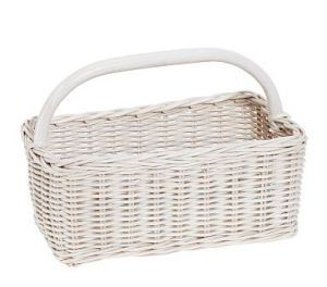 Rattan picnic basket in white.jpg
