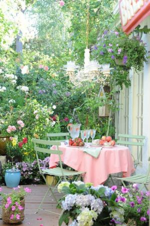 outdoor party dining - dining table - patio - garden - garden decor and design - patio - terrace - garden party.jpg