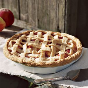 peach-almond-lattice-pie-ideas for a summer picnic menu.jpg