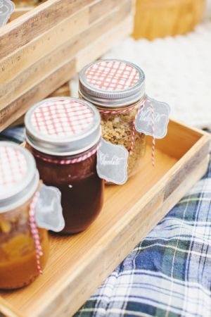 picnic-basket-ideas-style-me-pretty-blog.jpg