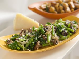 Luscious meals - images of food - green beans and kale.jpg
