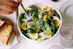 Pictures of delicious food - food ingredients - caesar salad.jpg