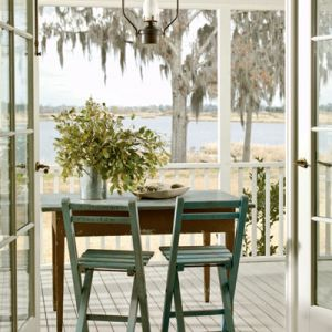 Beach homes pictures - decorating your beach house - Ideas for decorating a beach house - fmorgan-porch.jpg