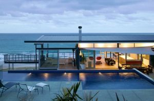 Beach house design photos - house decorating blog - beach-house.jpg