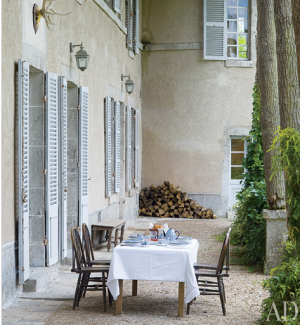 Beautiful beach houses in the world - Chateau de Fontenay outdoor dining.png