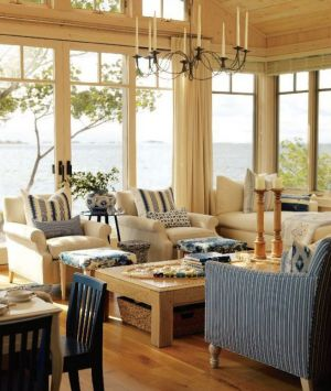 Luxury beach houses - Beach houses style - Sarahs Cottage - living room - Georgian Bay.JPG