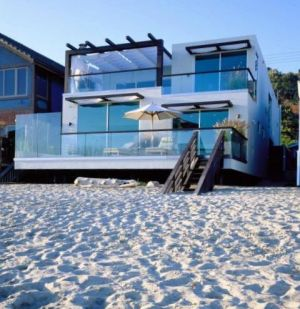 Pictures of beach houses - dream beach house - beach house decor.jpg