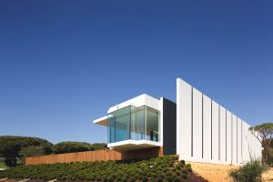 House and gardens - images - mylusciouslife -  Casa Vale Do Lobo by Portuguese design studio Arqui.jpg