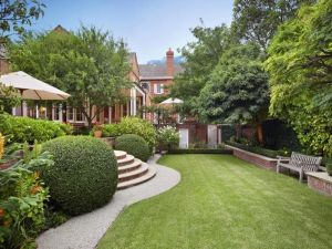 ... Images   House Garden Design   Interior Designs Blog   35 Clendon Road  Toorak ...