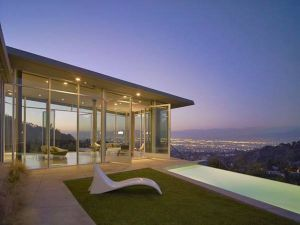 Images of modern houses in a garden setting - Los Angeles.jpg