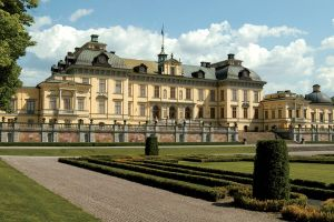 Photos - houses architecture - stately house - Drottningholm Palace a Swedish royal estate.jpg