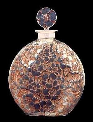 le_lys_perfume_bottle.jpg