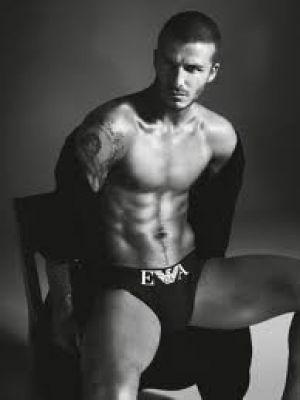 Beckham - wah4mi0ae4yauslife.com - David-Beckham-for-Armani2.jpg