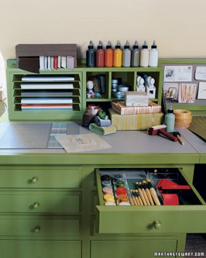 Home organisation ideas - mylusciouslife.com - Martha desk.jpg