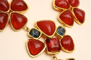 red necklace maybe Chanel.jpg