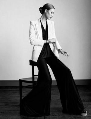 Karlie Kloss by Paul Wetherell for Vogue UK January 2011 - Tall Order - ballet bun.jpg