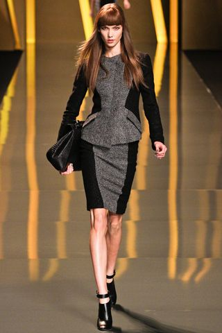 Elie Saab - mylusciouslife.com - Elie Saab Fall 2012 RTW collection 00010m.jpg