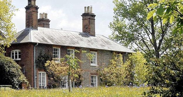 Michael carole middleton new home for Middleton home