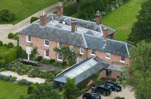 Carole and Michael Middleton 4.7 million pound home in Bucklebury Berkshire.jpg