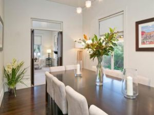 Julia Gillard - new Adelaide home - formal dining.jpg
