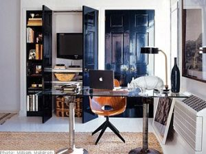 black_glossy_interior_doors.jpg