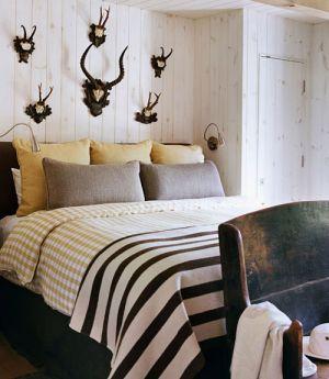 rustic-country-bedroom.jpg