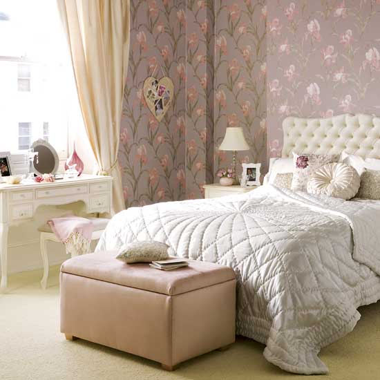 luscious style boudoirs walk in wardrobes closets dressing rooms part 2. Black Bedroom Furniture Sets. Home Design Ideas