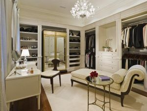 Kalen-dressing-room.jpg