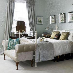 bedroom-decorating-idea.jpg