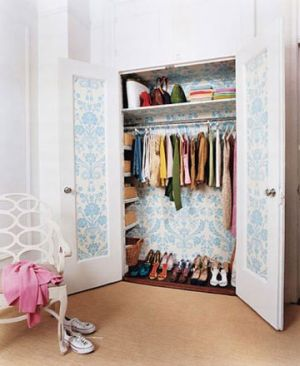 wallpapered-closet - luscious boudoirs and dressing rooms - mylusciouslife.com.jpg