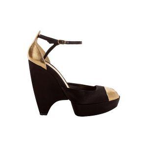 c43-alexander-mcqueen-pre-spring-2013-shoe-collection-10.jpg