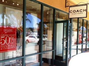 LA Experience tours - Coach - Camarillo Premium Outlets - private shopping tours.JPG
