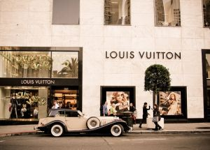 Luxury shopping with LA Experience-vintage car-louis vuitton-luxe-luxury-shopping.jpg