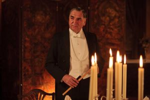 Downton Abbey - www.myLusciousLife.com - carson candles.jpg