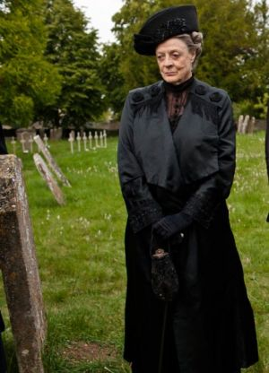 Downton Abbey - www.myLusciousLife.com - downton 2 violet in the grave yard.jpg