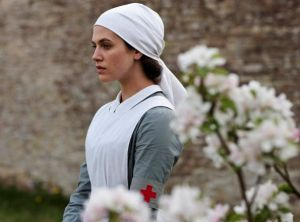 Downton Abbey - www.myLusciousLife.com - period drama SERIES 2 EP2.jpg